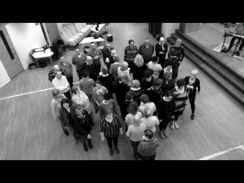 Sing & Swing Trailer