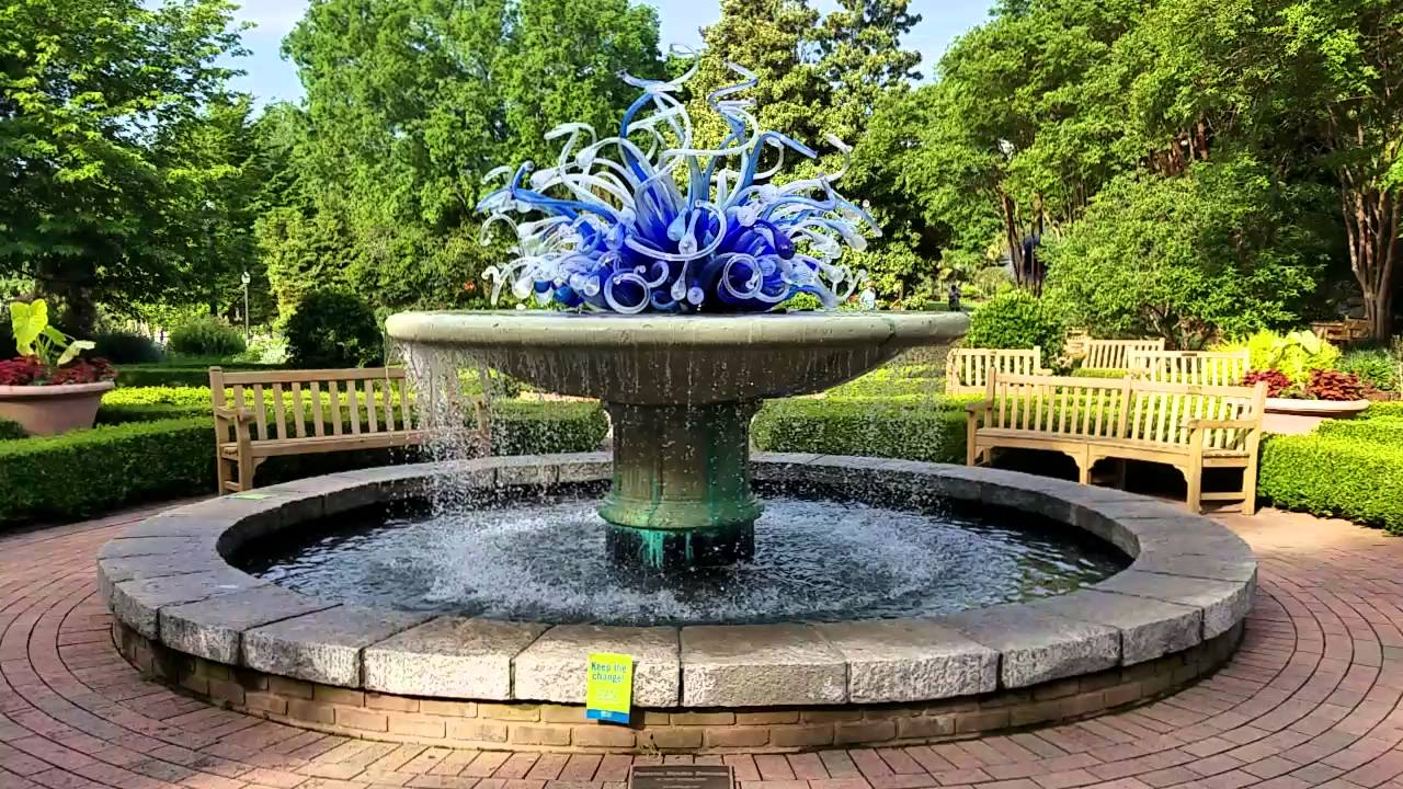 Dale Chihuly Fountain At The Atlanta Botanical Garden