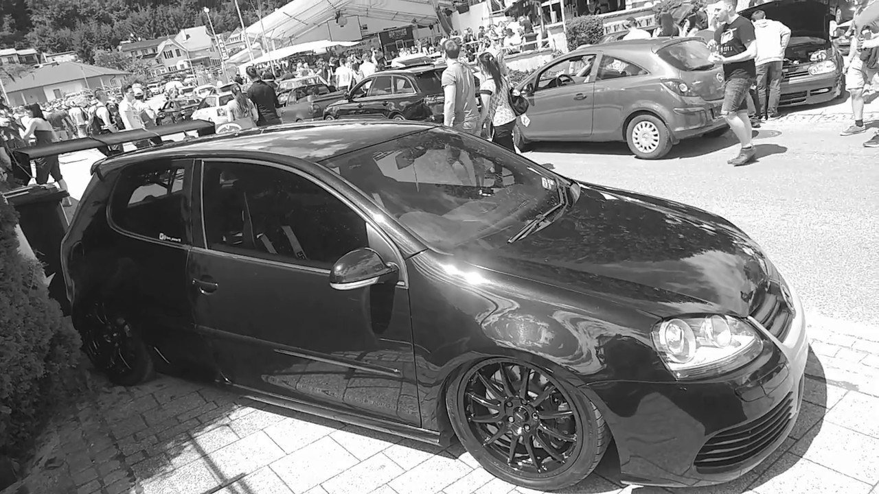 VW Golf V R32 Tuned With Big Spoiler