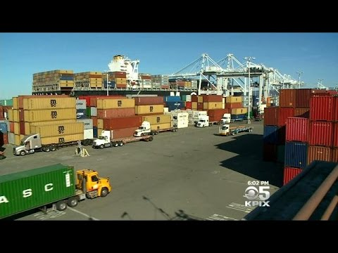 Port Of Oakland Taking In More Goods This Holiday Season