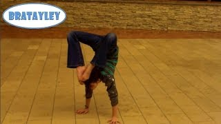 amazing handstand in the mall wk 1485 bratayley
