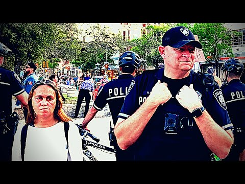 ALAMO PLAZA - SAN ANTONIO - TEXAS - OFFICER ROSE - SAN ANTONIO POLICE