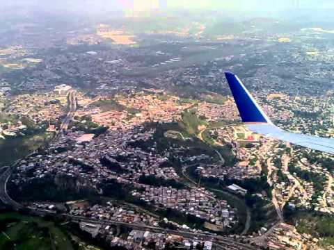 Crazy Landing at the Airport in Tegucigalpa, Honduras in a 757