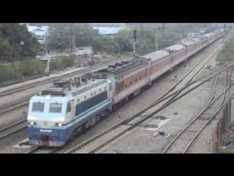 [China Railway]SS8+25G Jingguang Line Express Trains Passing Tangxi 京広線快速棠渓通過
