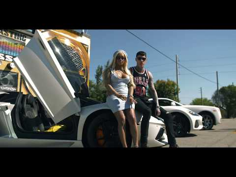Trace Cyrus ft. DreamDoll SUMMER  video