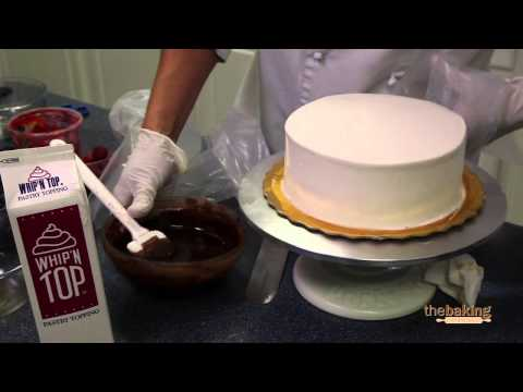 Pastel de Mocha Whip'n Top con Jarabe de Café