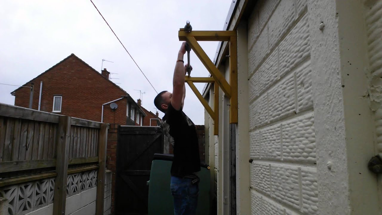 Homemade Wall Mounted Pull Up Bar Youtube