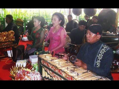 PANGKUR JENGGLENG - Javanese Gamelan Ensemble - Javanese Wedding [HD]