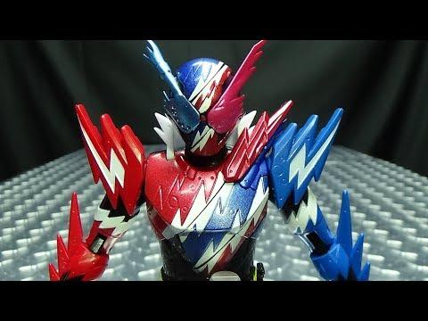 Kamen Rider Build Bottle Change Rider Series RABBITTANK SPARKLING: EmGo's Reviews N' Stuff