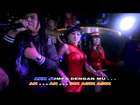 OST Film Santet Goyang Dangdut - Asik Asik Serrt by Ageng Kiwi & Friends [Karaoke version]