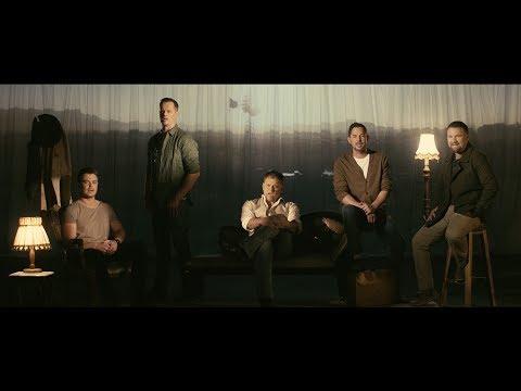 Steve, Bobby, Bok, Jay en Ruhan – Die Land (Amptelike Video)