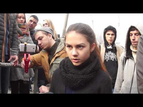 VL.ru - Задержанные участники митинга против коррупции во Владивостоке (ВИДЕОБЛИЦ)