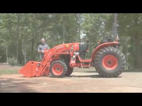 kubota B2650 landpride scraper blade first try - YouTube