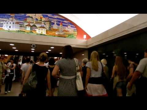 Переход со ст. метро Цветной бульвар до ст. Трубная