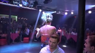 Sin censura presentamos el popular Show Cabaret del Club Azucar en Miami