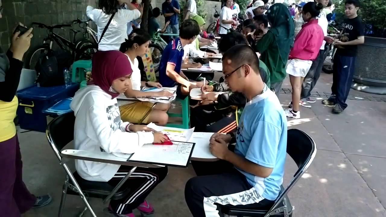 Bahasa Isyarat Indonesia Bisindo Sign Language Training Car Free Day Jakarta Youtube