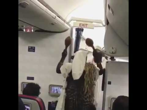 Watch Video : See What Happened When The Ooni Of Ife Boarded A Plane To Canada