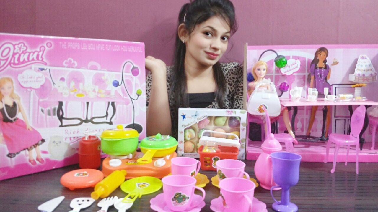 Barbie Kitchen Set Barbie S Favorite Food Cooking And Serving