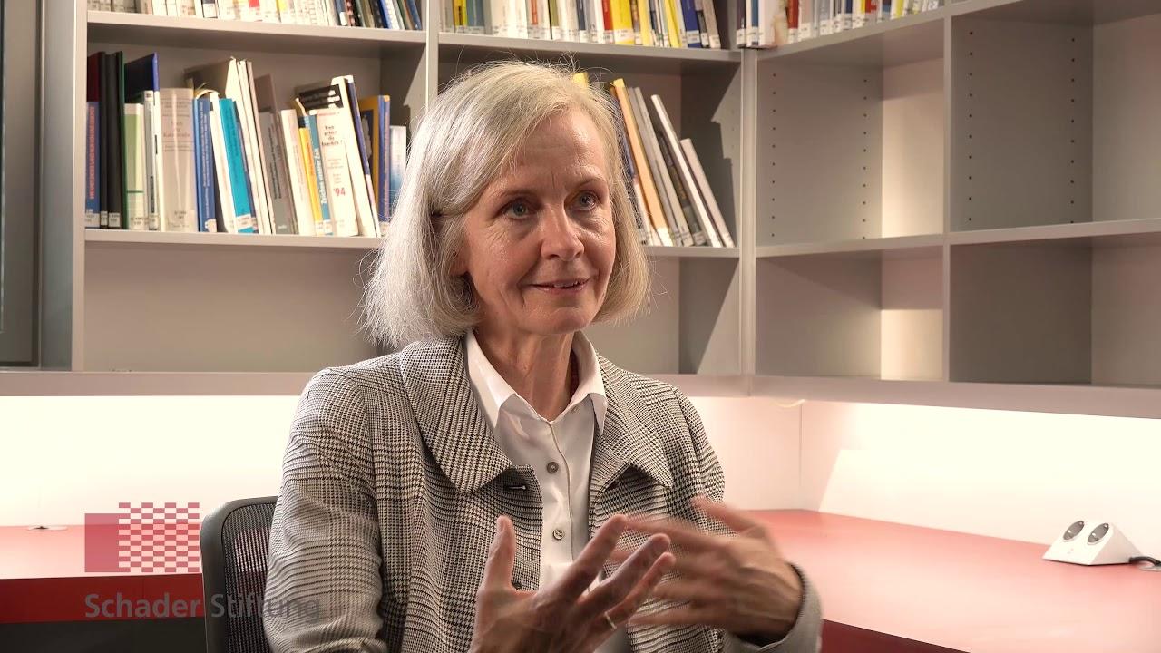 Prof Ursula Münch