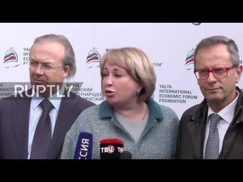 Russia: Italian politicians slam Russian sanctions during visit to Winery in Crimea