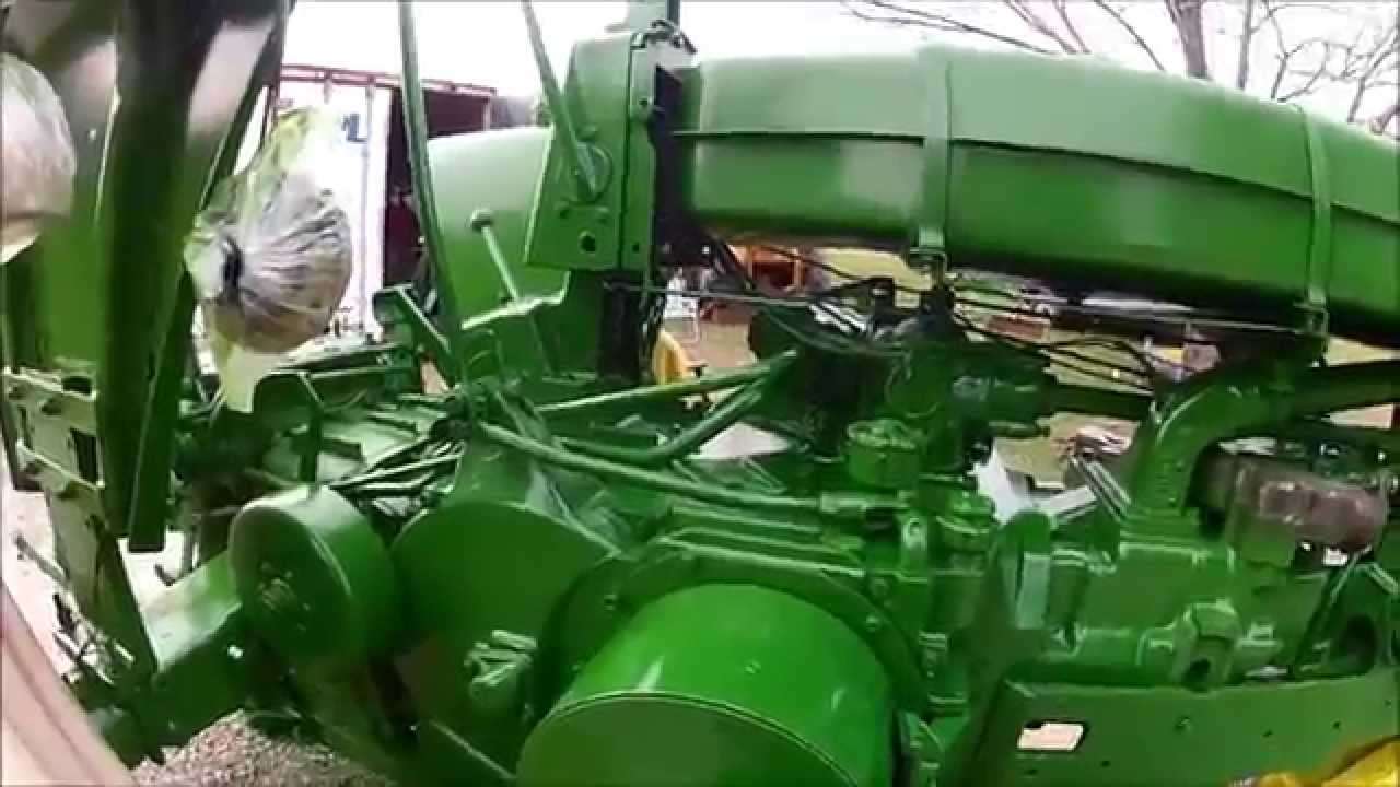 John Deere 720 Painting The Tractor Part 4 Youtube