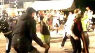 2008年、福岡県某大学祭にて。酋長、大いによさこいを踊る。