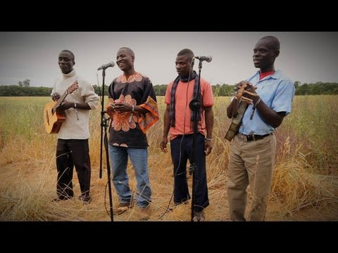 Womad 2013 live session - Malawi Mouse Boys perform Jesu