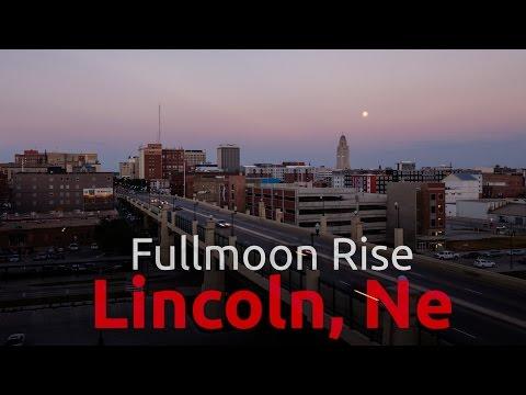 Full moonrise over Lincoln, NE - 4k Timelapse