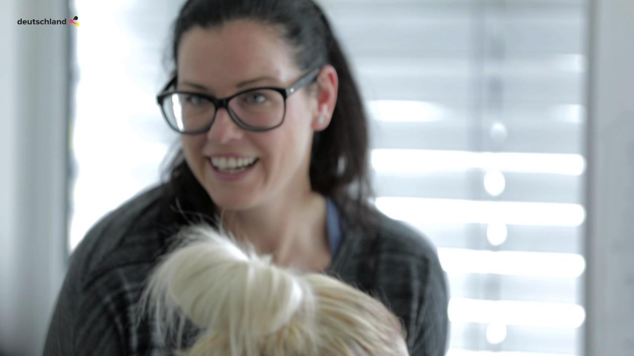 Die mutige weiße Dame von 45 Jahren, Veronica Avluv, ist bereit für die interraciale Doppelpenetrati