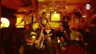 "Dubioza kolektiv ""Sjećam se"" feat. Atheist Rap & Hladno pivo"