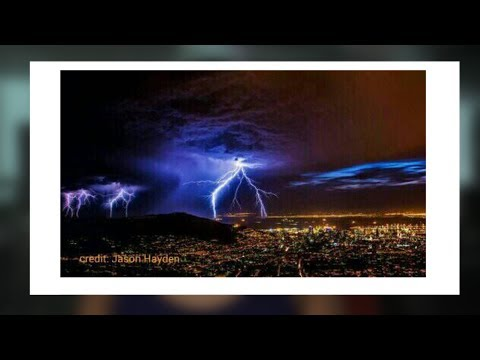 Jonathan Hayden trends for taking this photo of Cape Town storm