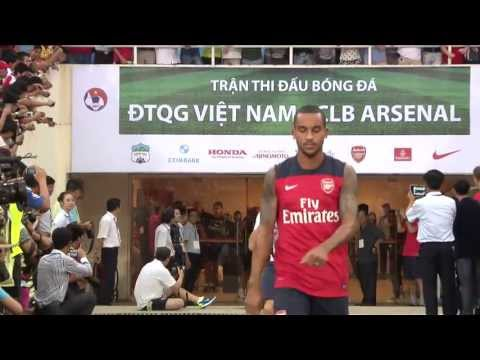 Arsenal Tour 2013 - Open training in Hanoi