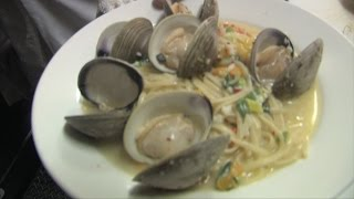 Linguini with clam sauce dinner recipe