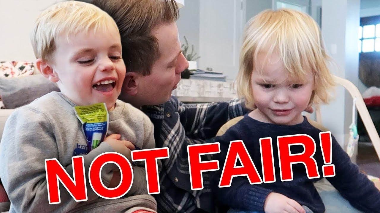 kids-sharing-game-is-not-fun-or-fair