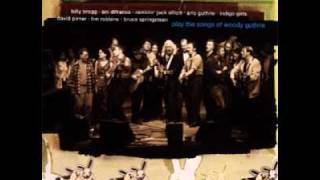 Arlo Guthrie - Dust Storm Disaster - Til We Outnumber Em (a tribute to woody guthrie)