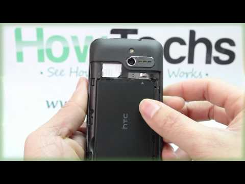 HTC 7 Pro: Inserting the Battery