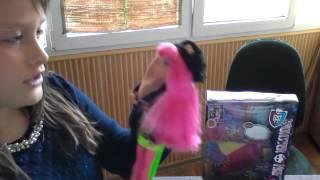 Обзор на куклу Monster High Хоулин Вульф из серии 13 желаний