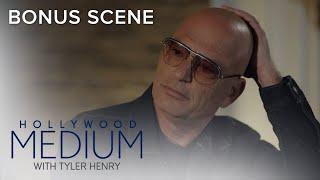 Howie Mandel Reacts to Reading | Hollywood Medium with Tyler Henry Bonus Scene | E!