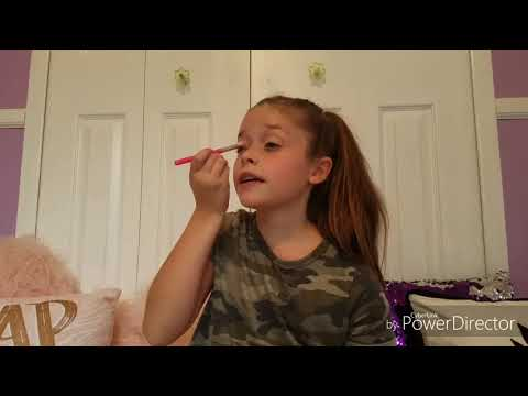 MAISY'S WEEKEND MAKEUP ROUTINE! // Sophie &Maisy Berent