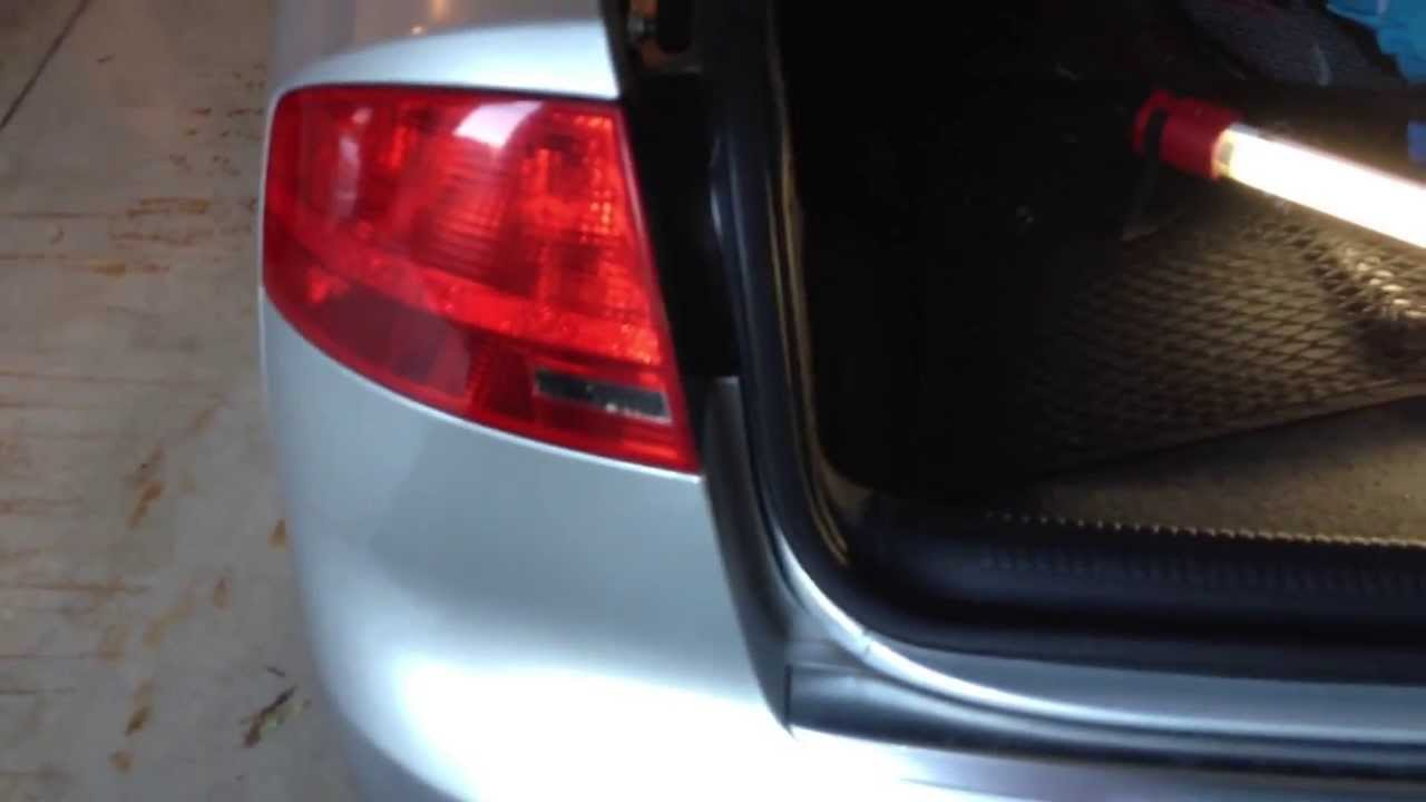 Audi Light Audi B7 A4 - Diy: Outer Tail Light Bulb Replacement - Youtube