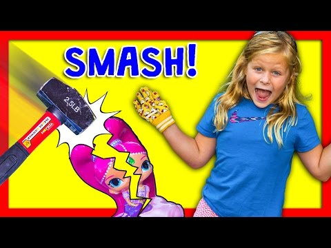 ASSISTANT Piggy Bank Smash Surprise with Paw Patrol + Emoji + Shimmer and Shine Toys Video
