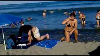 cuidado con las olas del melillero! Misericordia, Málaga thumbnail