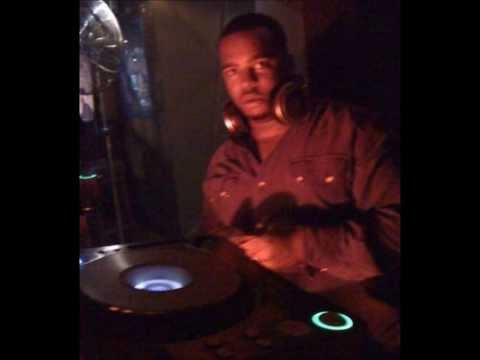 leroy gibbons - magic moment - did it on em - nicki minaj beat (LOVE SHACK SOUND)