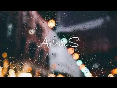 Astrid S - Hurts So Good (Español)
