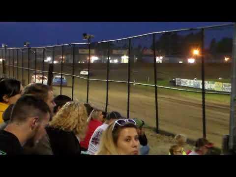 Stock Car Heat 3 @ Marshalltown Speedway 09/01/17
