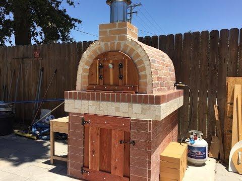 Pizza oven horno de le a y gas youtube for Horno de lena con hornilla