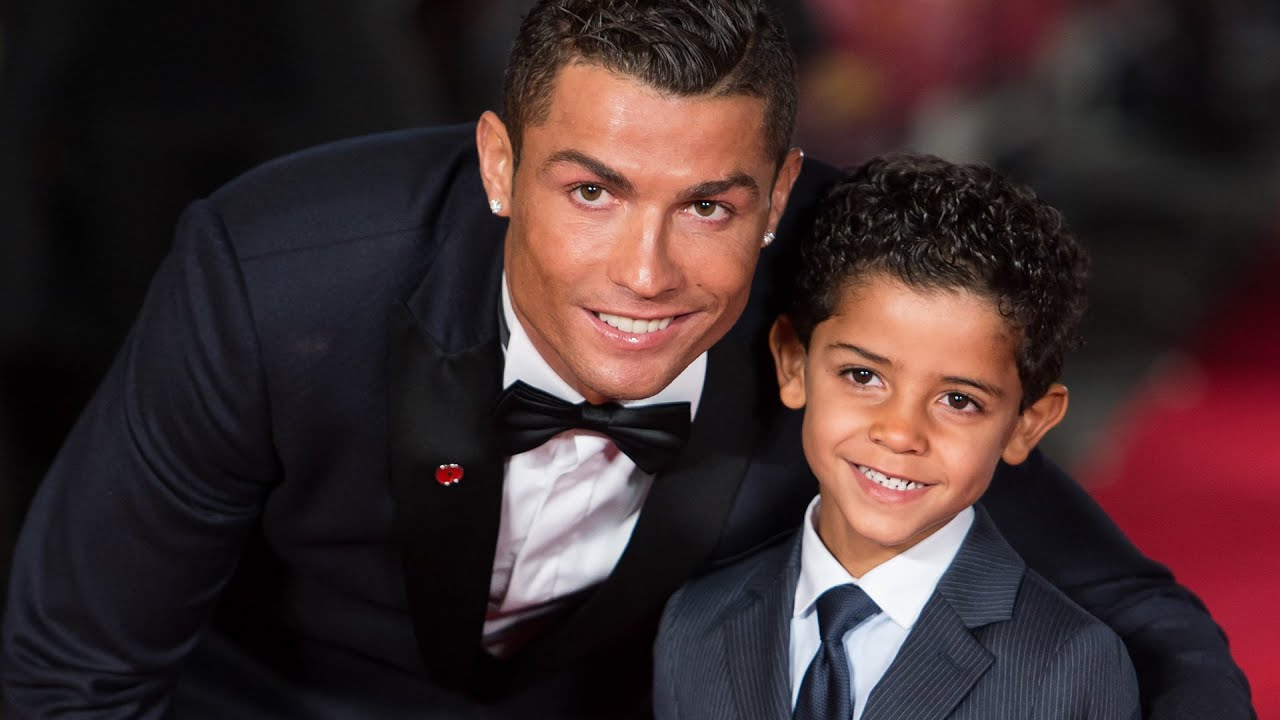 Cristiano Ronaldo does not want to talk with his son about his mother 07.22.2014 23