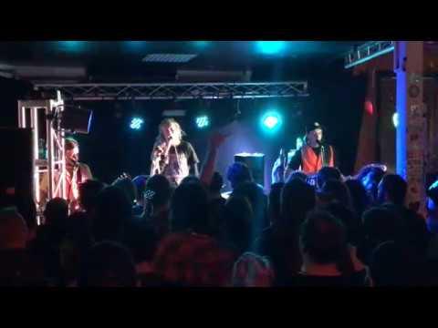Frenzal Rhomb live at The Music Man Bendigo - 27/07/17