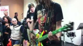 TM Stevens - Teaches Rhythm Harmonic on Bass