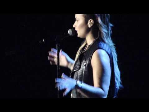 Warrior - Demi Lovato (Belo Horizonte, Brazil 05-01-2014)
